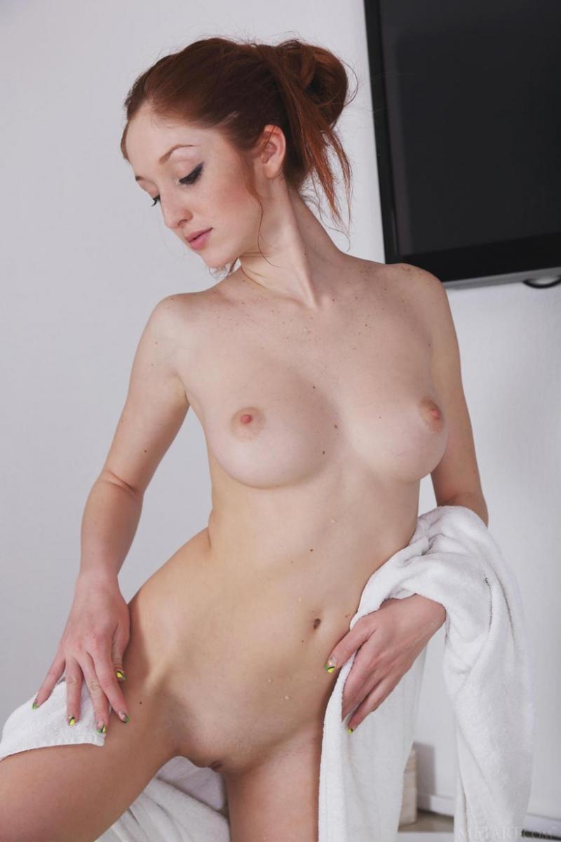 Hot wet redhead