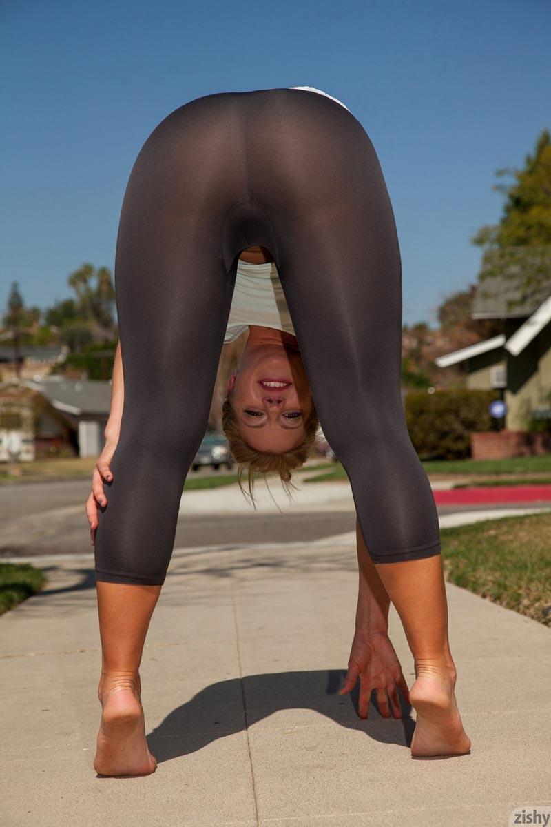 Yoga Pants Fuck Amateur