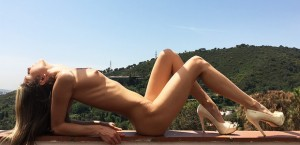 Gina Gerson Spreads in her Heels