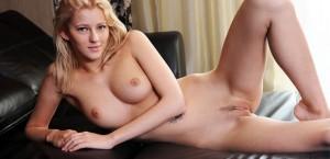 beautiful-leggy-blonde-mila-exposed