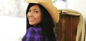 Catie Minx sexy cowgirl