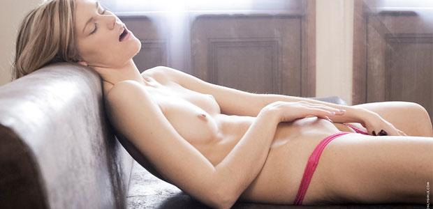 hot farmer girl naked