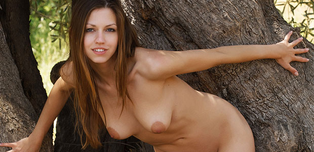 Eufrat naked in the woods
