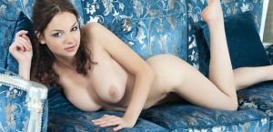 rylsky-art-jensa-posing-naked